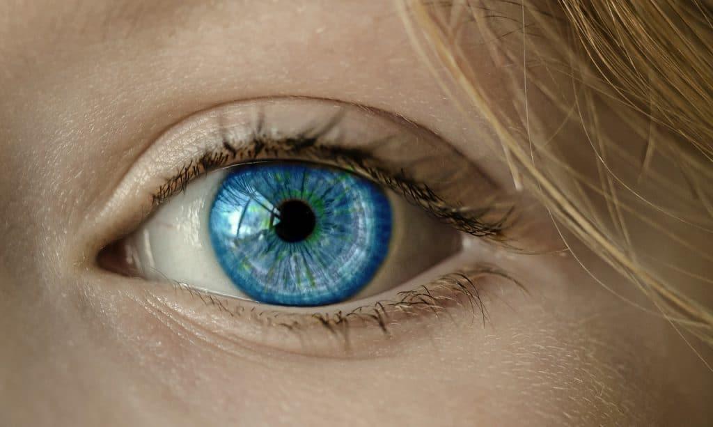 עין כחולה